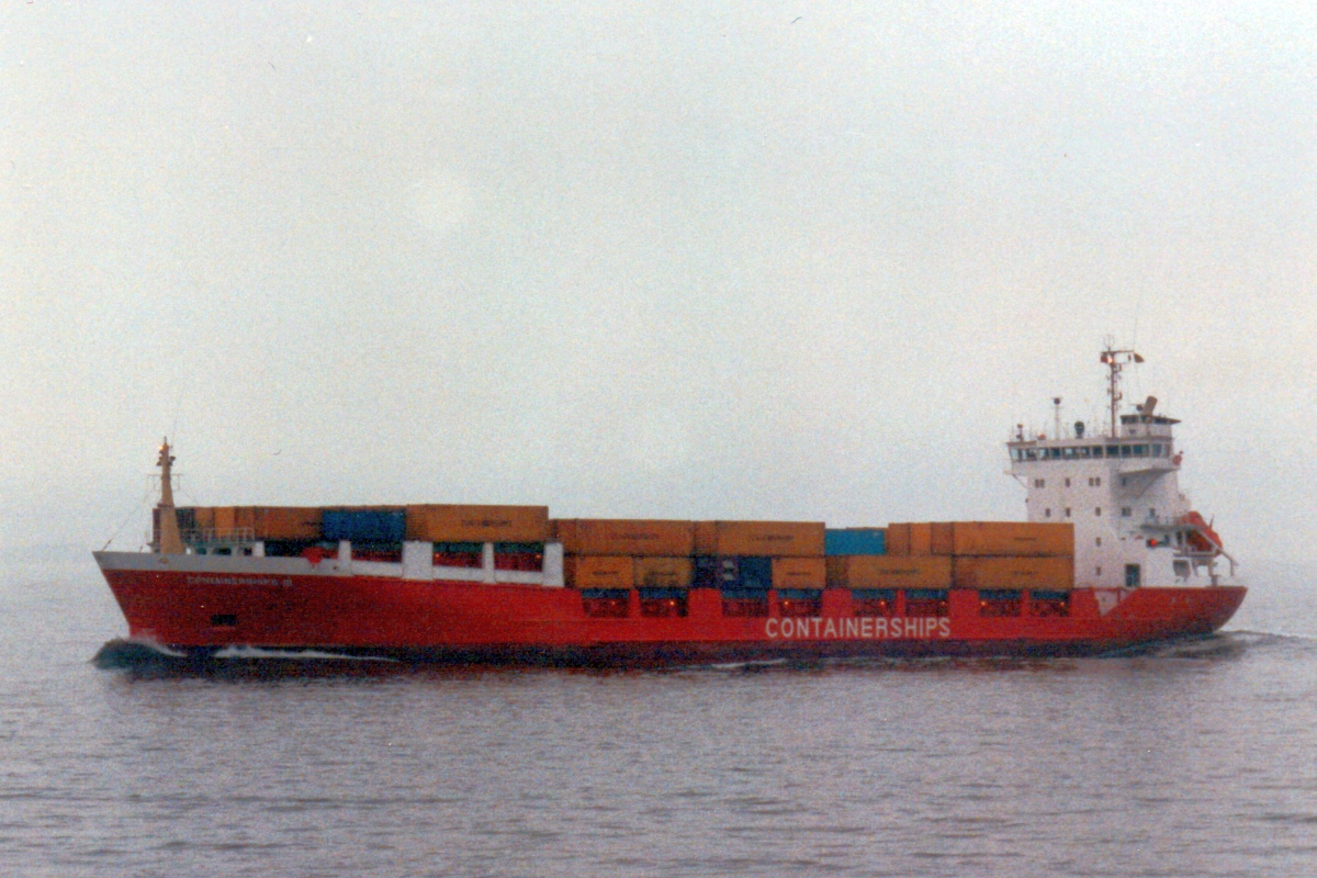 Containerships3.jpg
