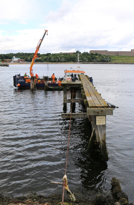 Pilot Jetty Demolition, 31 July 2017 (7)_1_1.JPG