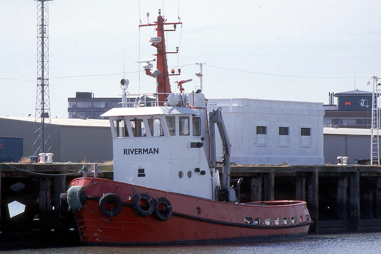 RIVERMAN 120703a.jpg