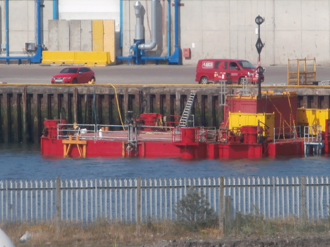 jack up rig - barge motion.JPG