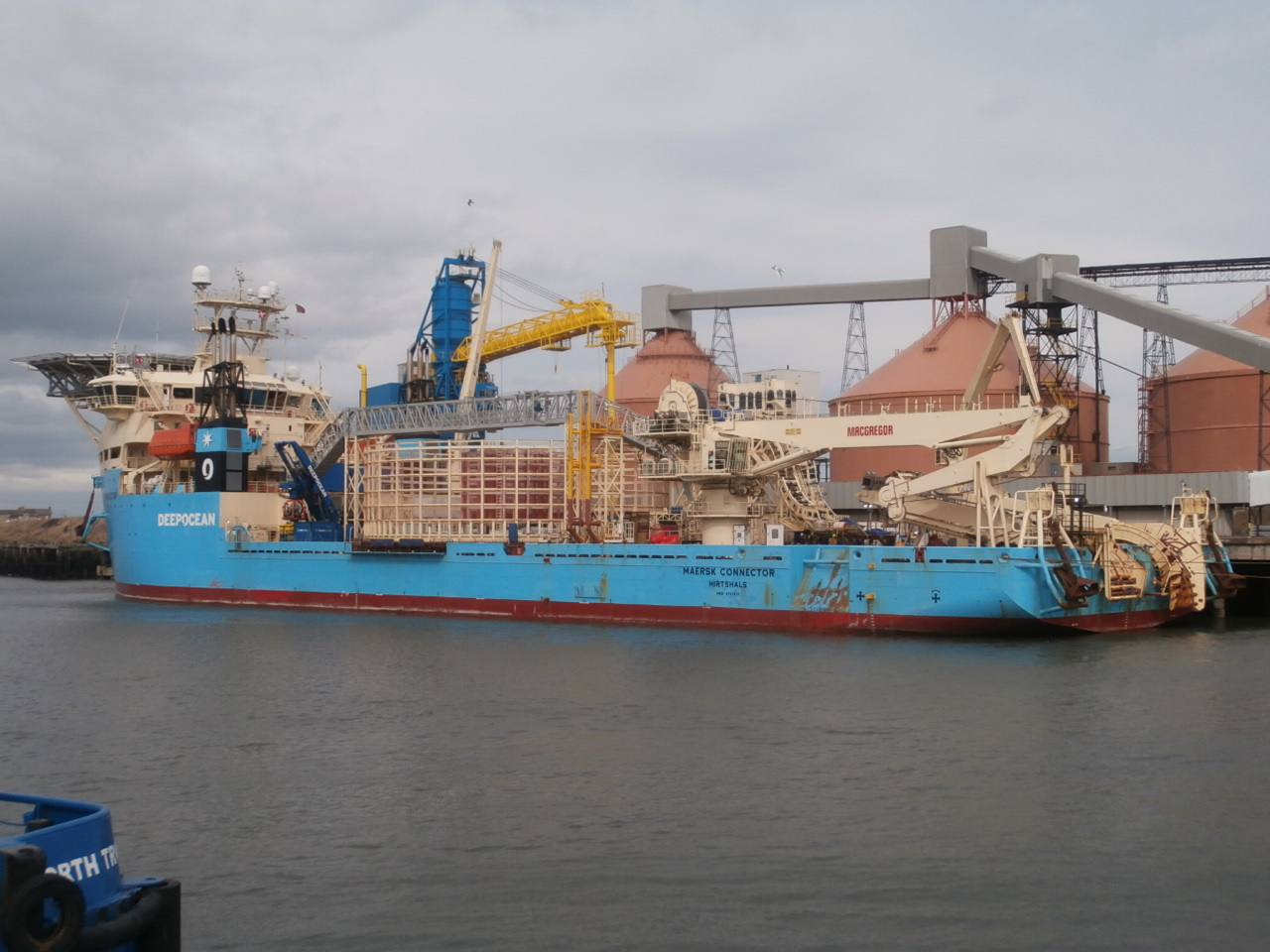 maersk connector.JPG